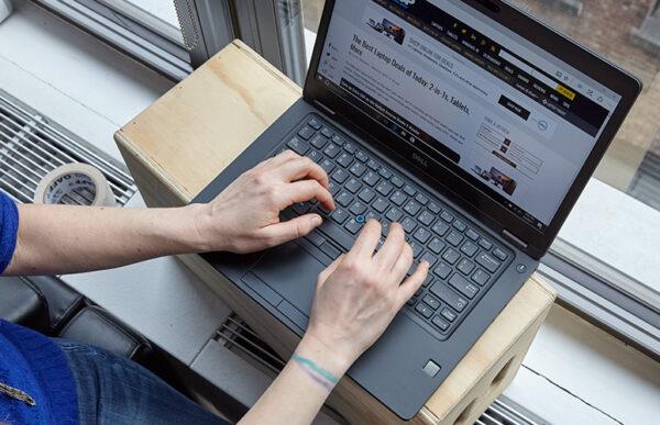 لپتاپ استوک Dell مدل Latitude 5480 تایپ