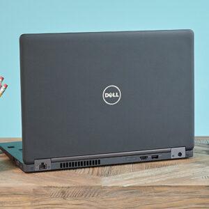 لپتاپ استوک Dell مدل Latitude 5480 پشت