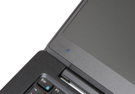 لپتاپ استوک Dell مدل Latitude 7370 نمای نزدیک
