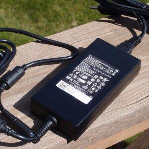 لپتاپ استوک Dell مدل Precision 7510 i7 شارژر