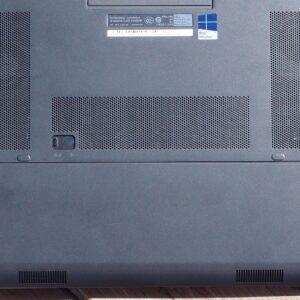 لپتاپ استوک Dell مدل Precision 7510 i7 قاب زیر