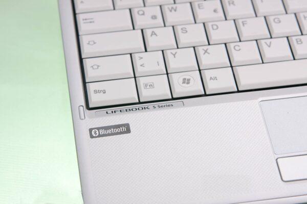 لپتاپ استوک Fujitsu مدل Lifebook S790 بخشی