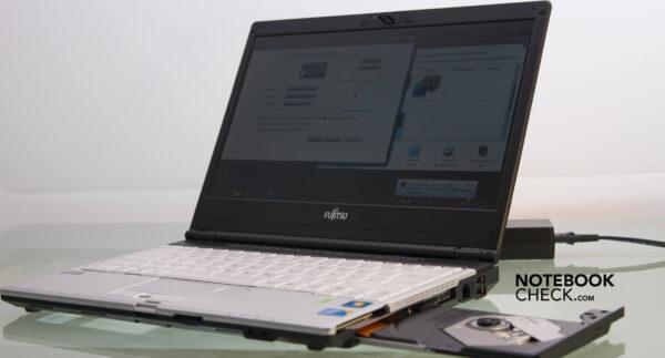 لپتاپ استوک Fujitsu مدل Lifebook S790 دیویدی باز
