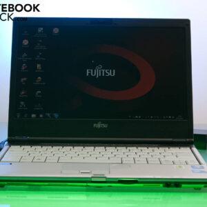 لپتاپ استوک Fujitsu مدل Lifebook S790 رو به رو