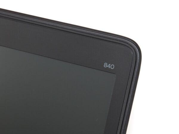 لپتاپ استوک HP مدل EliteBook 840 G1 لبه بیرونی مانیتور