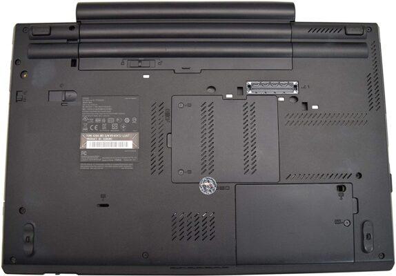 لپتاپ استوک Lenovo مدل ThinkPad W520 قاب زیرین