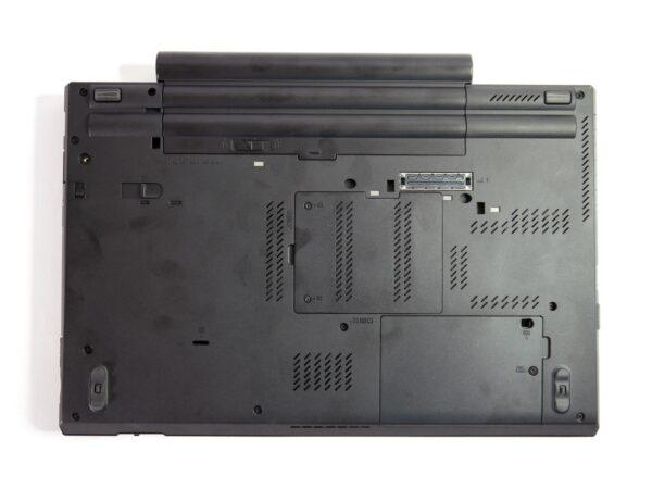 لپتاپ استوک Lenovo مدل ThinkPad W530 قاب پشتی
