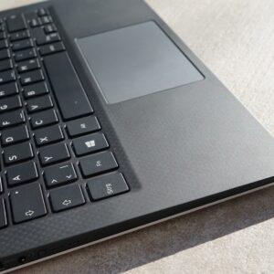 لپ تاپ استوک Dell مدل XPS 9360 از بالا