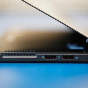 لپتاپ استوک 2 در 1 Dell مدل Latitude 5285 i5 - 6