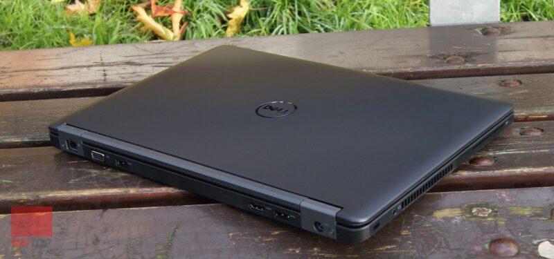 لپ تاپ استوک 14 اینچی Dell مدل Latitude E5450 i5 روی نیمکت