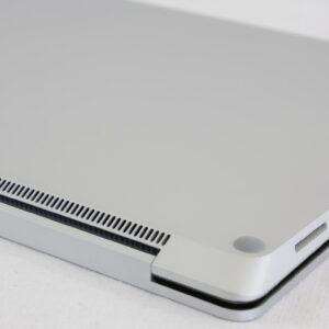 لپ تاپ 13 اینچی مایکروسافت مدل Surface Laptop 1 i5 8GB پشت
