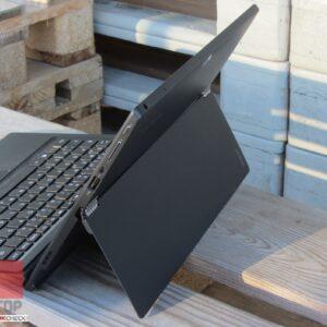 تبلت استوک Lenovo مدل Ideapad Miix 700 در فضای بیرون